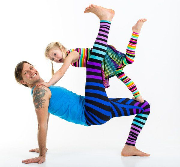 Changing The World with Family Yoga | DOYOUYOGA