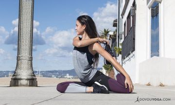 The 6 Best Yoga Poses For Runners