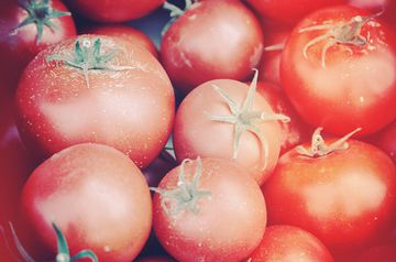 4 Seasonal Fruits and Vegetables You Should Be Eating Now