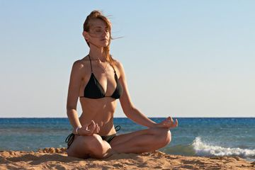 5 Lotus Pose Variations To Prevent Injury