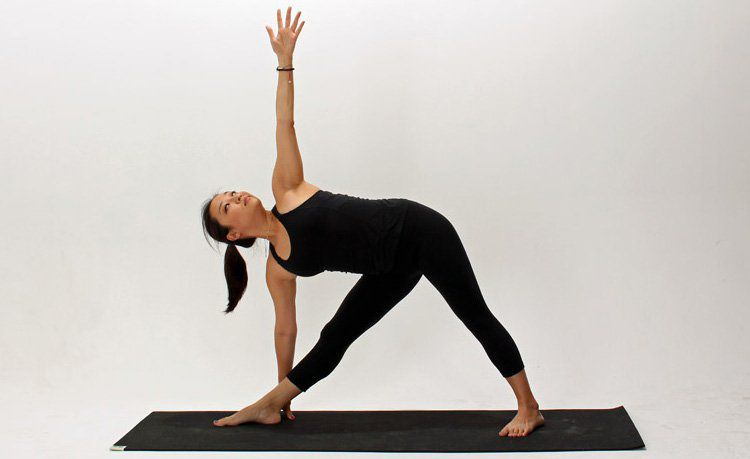 How To Do Extended Triangle Pose   DOYOUYOGA
