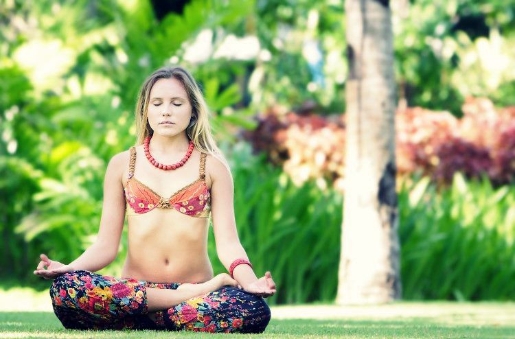 5 Ways Yoga Can Help You Become More Connected