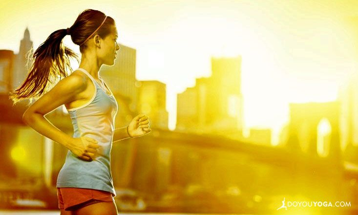 Attention Runners: Here's Why Yoga Can Be Great Pre-Marathon!