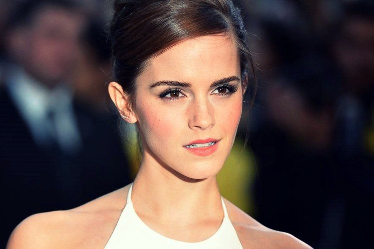 Emma Watson Is Now A Certified Yoga Instructor