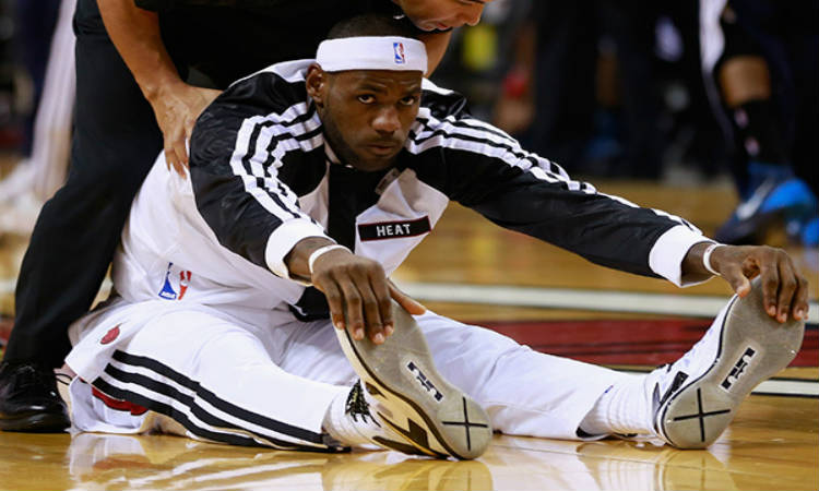 Lebron James And Other Famous Athletes Turn To Yoga