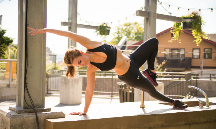 5 Yoga Poses To Help Tone Your Tummy