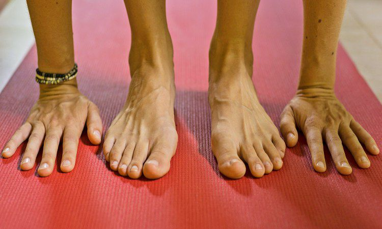 How Yoga Helps to Stretch Our Boundaries