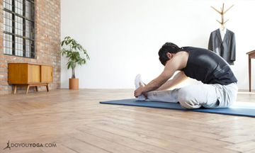 10 Guidelines For Teaching Yoga In The Workplace