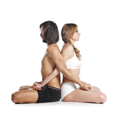 7-Benefits-Of-Partner-Yoga-5-Poses-To-Get-You-Started3