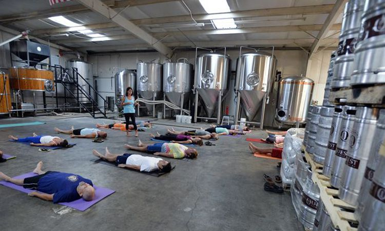 Beer and Yoga: When Yogis and Beer Lovers Collide