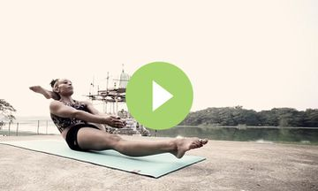 Beautiful Ashtanga Yoga Demonstration (VIDEO)