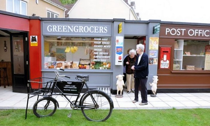This Amazing Dutch Village Improves the Lives of People With Dementia