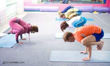 How to Customize the Group Yoga Class Experience