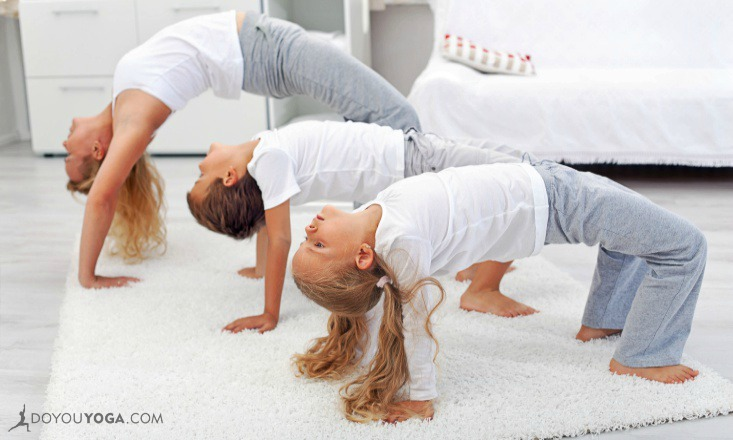 A Must-Read Guide to Teaching Kids Yoga to Different Age Groups