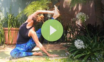 How to Do Sundial Pose (VIDEO)