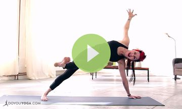 10-Minute Weight Loss Yoga with Sadie Nardini (VIDEO)
