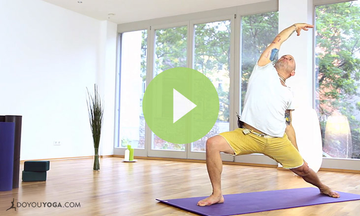 Yoga for Men Wake Up Flow (VIDEO)