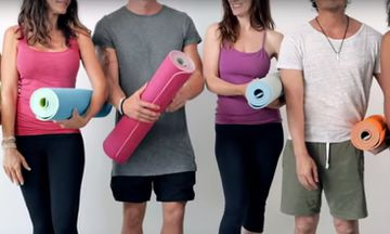 This Self-Rolling Yoga Mat Combines Yoga and '90s Nostalgia