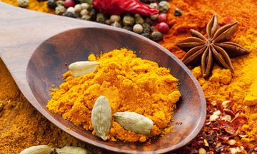Study: Turmeric as Effective as Prozac and Aspirin as Medication