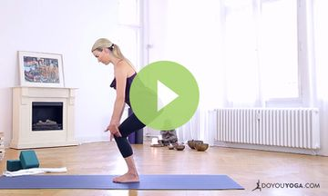 Yoga to Ease Knee Pain with Kristin McGee (VIDEO)