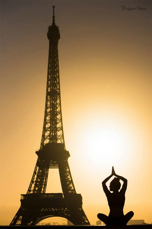 Yogini in Paris 1