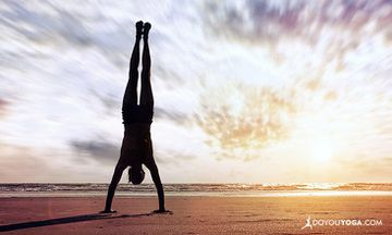 The Transformative Power of Handstands