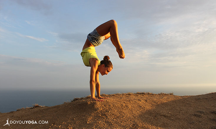 Holistic-Benefits-Handstand
