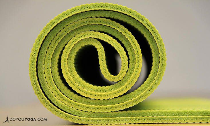3 Alternatives To Traditional Yoga Mats