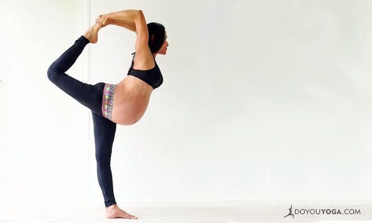 Baby, Let's Flow! Pregnant Yogi Takes Instagram by Storm