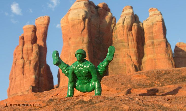 Advanced Yoga Joes! Green Army Men Get a Yoga Makeover
