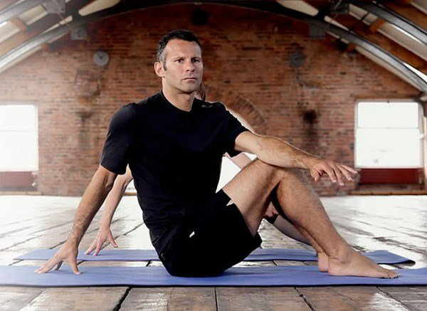 ryan giggs yoga
