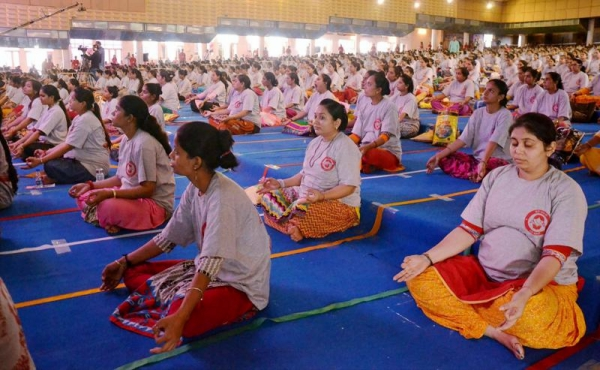 yoga world record - largest prenatal yoga class