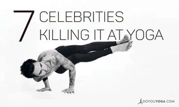 7 Celebrities Killing It At Yoga!
