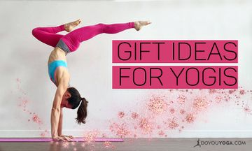 12 Best Gifts for a Yogi