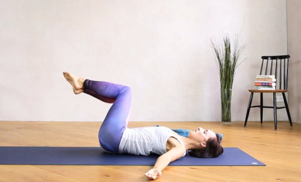 supine spinal twist pilates