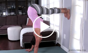How to Handstand Like a Yogi With Briohny Smyth (VIDEO)