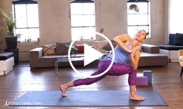 Power Yoga Twists and Detox With Leah Cullis (VIDEO)