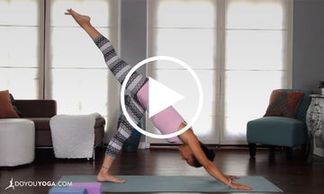 Yoga for a Balanced Yogi Body With Briohny Smyth (VIDEO)